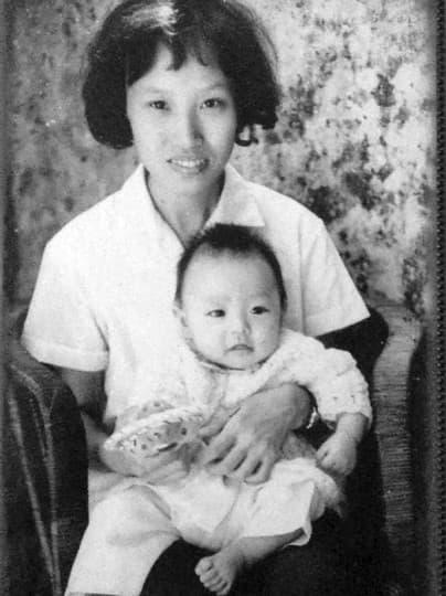 首次公開的黃東童年照片