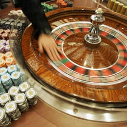 Entertain the guests with Casino Night Hire