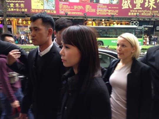 劉鑾雄女友、華置執行董事呂麗君到場旁聽