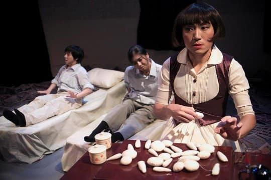 《可以睡覺》日本荒謬劇大師-別役實同名改編作品,以「從渙散的日常生活中覺醒」作為命題,介入社會公義議題。相片提供:「台灣遊藝行」陳慧勻女士。