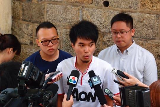 「澳門良心」成員蘇嘉豪表示,週二將發起「包圍立法會」行動。