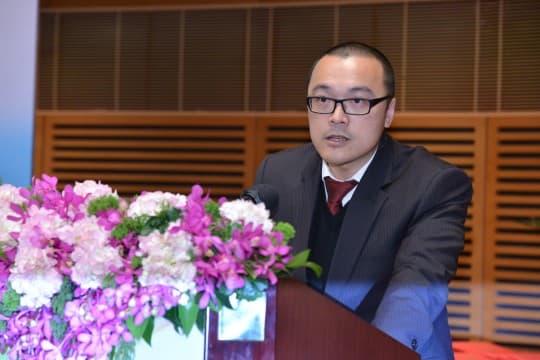官委議員兼澳大法學院副院長唐曉晴