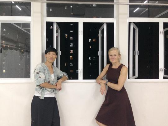 Candy於2012年透過文化中心的交流計劃認識Kitt,在她的指導下創作在地作品;雖然今次Candy沒有演出,但會向Kitt偷師如何指導學生。