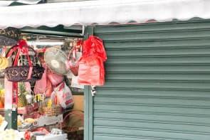 澳門膠袋使用量驚人,全年膠袋消耗量達4億5千萬個,佔總體固體廢物約4%。2