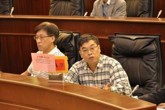 直選議員吳國昌、區錦新狠評新司長無承擔、無承諾、無時間表,運輸工務範疇問題最多,火頭最多,但卻最好做。
