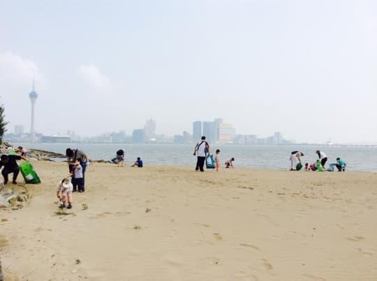 澳門孩子在淨灘