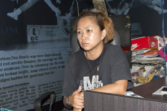 協會副主席劉佩珍對警方態度感到無奈,雖然現時保護動物的法律仍處於空白,但當局仍可透過高空擲物、非法處理動物屍體等罪名處理。