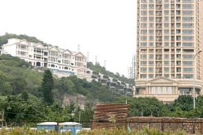 漁頭事件的手法與小潭山超高樓如出一轍,先申請放高,下一步再改批地合同。