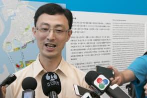 工務局代副局長張潤民一直對B區限高含糊其辭,不承認也不否認。