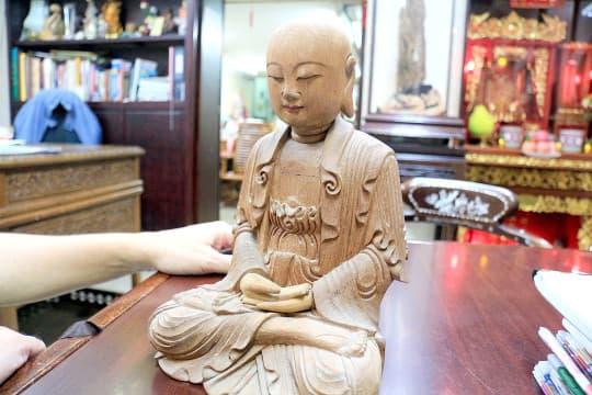 神像製作除了技術,還有運送﹑放置以及與信仰溝通的空間問題,一般工藝完全不能相比。