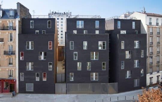 剛於2011年2月落成的專供學生居住的社會房屋,由 LAN Architecture 設計,可讓145名學生居住。房屋高度與周邊原有建築相配合。