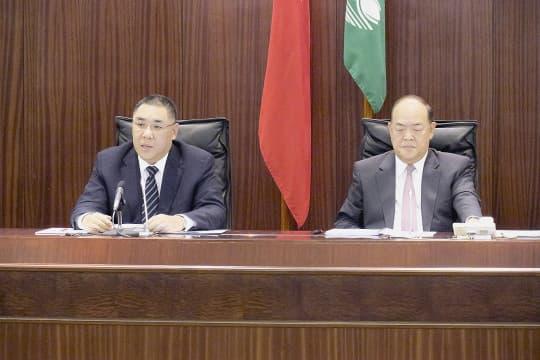 行政長官崔世安發生表施政報告。