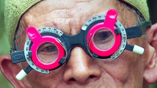 《沉默之眼 The Look of Silence》2014, Joshua Oppenheimer, 103min, 印尼、丹麥、芬蘭和英國Indonesia & Denmark & Finland, UK