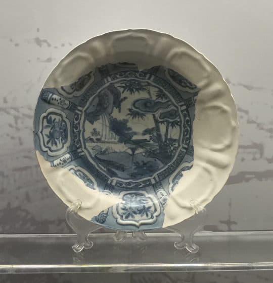 修復後的克拉克瓷盤