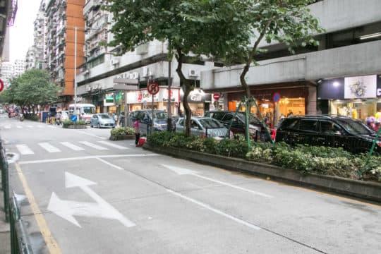 俾利喇街與雅廉訪大馬路交界