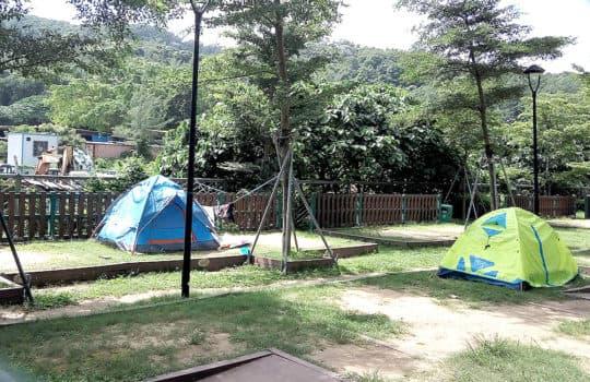 黑沙露營場分為2x2 及3x3兩種營地