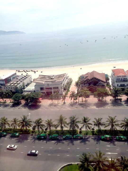 景色心曠神怡的美麗海灘。