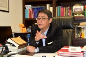 飛文基表示,設定業權同意重建比例很危險,私有財產應受保障。
