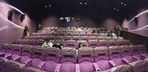 就算一些冷門電影,小劇院都可坐滿一半人,也試過出現滿座情況,而戲票全是公開發售,並不是免費派發,重點在於文化中心懂得如何宣傳。