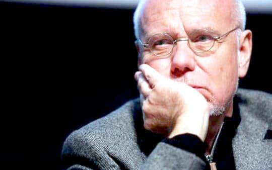 當初主辦方用上天價聘請國際著名電影製片人馬可.穆勒(Marco Müller)任影展總監,但開幕前突然請辭。(©Macau Closer)