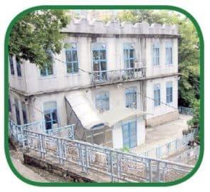 山頂醫院傳染病大樓兩間小屋