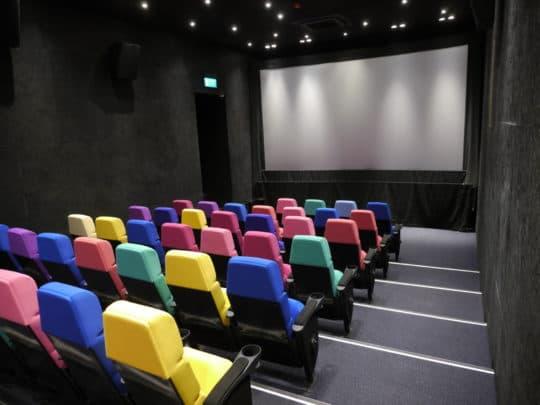 戀愛電影館放映的作品來自全球各地,不少皆是藝術電影。