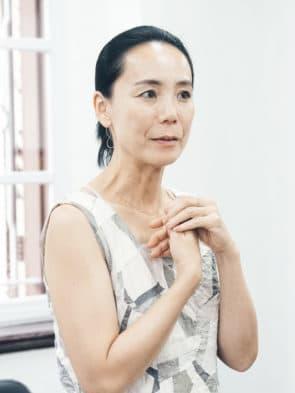 接受訪問中的河瀨直美。(攝影:Akimoto Chan)