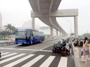 運建辦僅能提供澳門段北區的3個諮詢方案,按過去的通脹情況推算於2014年每公里的造價估算約為5億澳門元;同時也沒有對城市日高架走線在內的其他路段再作估算的更新。