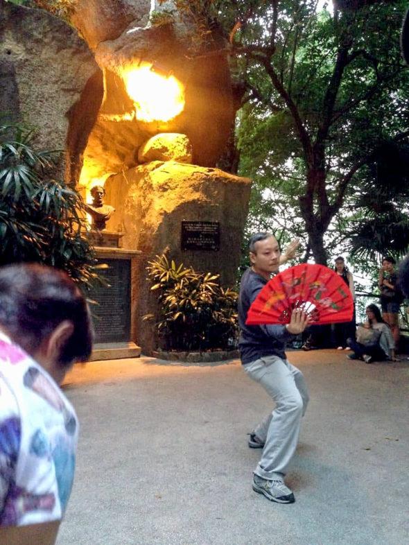 呂澤強於《OFF|SITE在場》中表演。