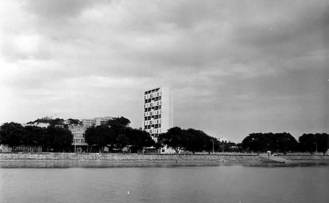 莉娜大廈曾是海邊最高的建築物。