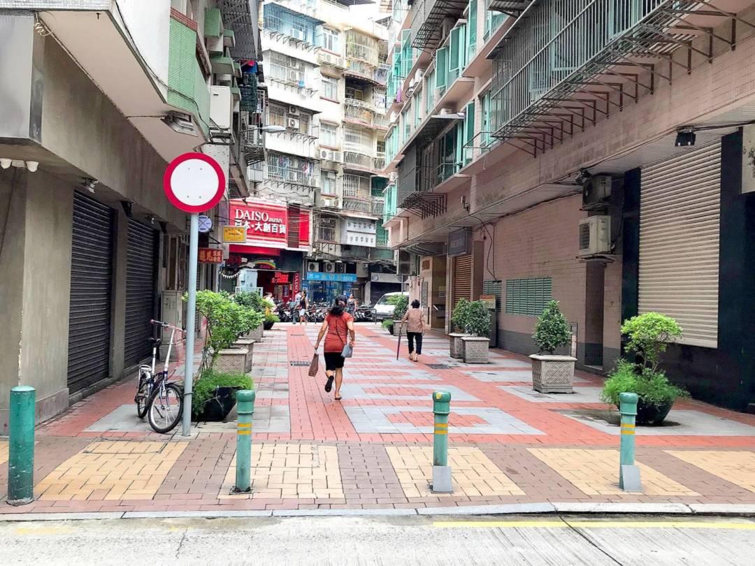 空地經街坊商議後,變成了一個小廣場。