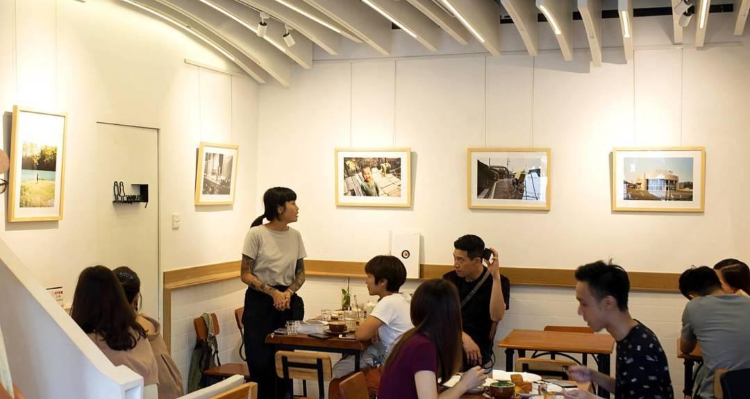 方言社也會跟一些攝影師合作,在咖啡點舉辦展覽。