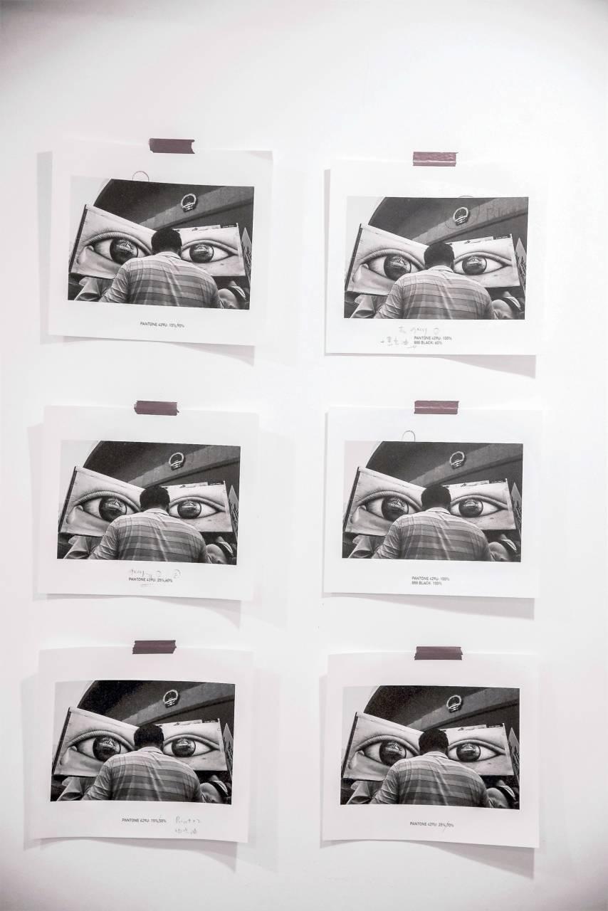 展覽不是展示一個artist的作品,而是比較從出版、攝影書的角度去策展。