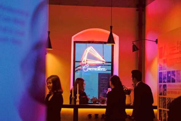 近日因戀愛電影館而引發對文化局及其他政府部門對本地藝文標書制度的關注。