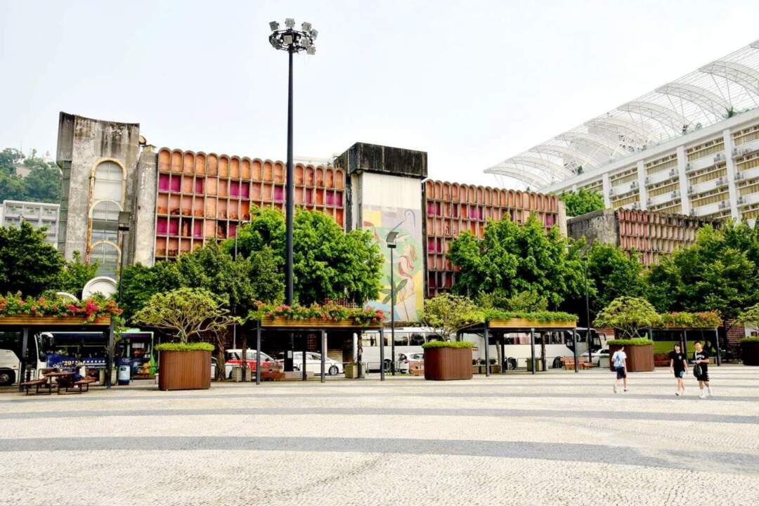 文化局介紹選址愛都酒店的新中圖時就表示,選址在舊愛都酒店地段興建新中央圖書館建築面積可達10,000平方米以上,意味着面積可能會有所減少。圖片來源:新聞局
