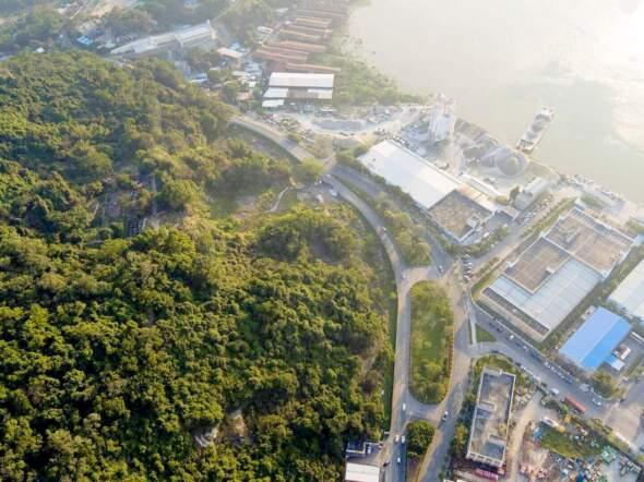 今次諮詢文本的爭議之一,是建議疊石塘山腰一幅被政府收回的地再次規劃為「居住區」。資料圖片