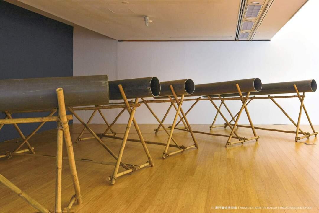 《五種觀看》,法國藝術家羅伯特.凱恩創作的錄像裝置。圖片來源:澳門藝博館